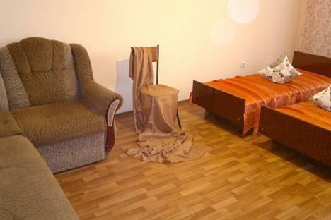 Сдается 2-комнатная квартира посуточно в Новороссийске, проспект Ленина, 101.