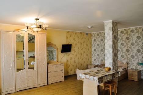 Сдается 1-комнатная квартира посуточно в Адлере, улица Троицкая, 43.