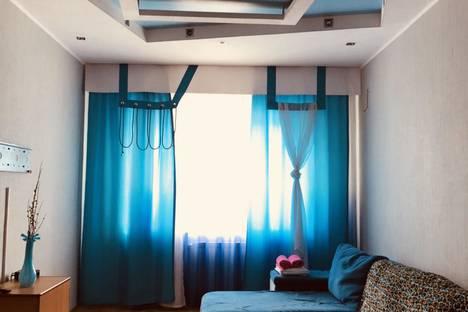 Сдается 1-комнатная квартира посуточно в Сургуте, Югорская улица, 40/1.