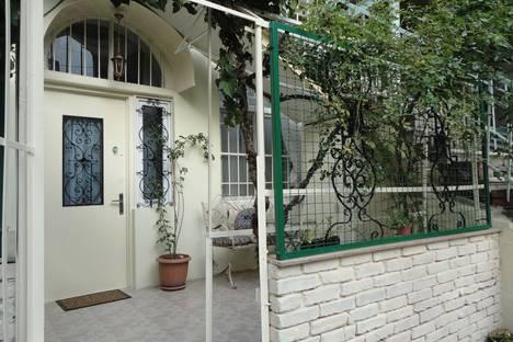 Сдается 3-комнатная квартира посуточно в Тбилиси, T'bilisi, Shota Rustaveli Avenue, 46.