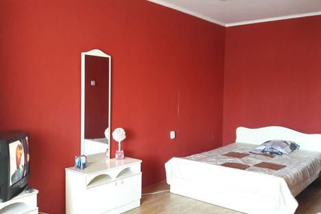 Сдается 1-комнатная квартира посуточно в Ставрополе, улица 50 лет ВЛКСМ, 107.