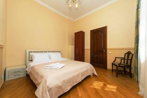 Сдается 3-комнатная квартира посуточно в Алматы, улица Каблукова, 270.