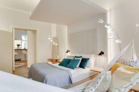 Сдается 2-комнатная квартира посуточно в Москве, Валовая улица, 6.