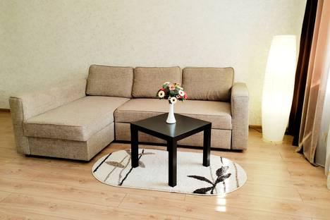 Сдается 1-комнатная квартира посуточно в Бийске, улица Ломоносова, 32.