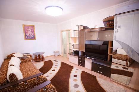 Сдается 3-комнатная квартира посуточно в Орле, улица Октябрьская, 79.