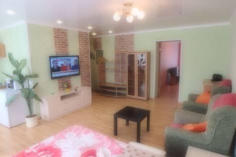 Сдается 2-комнатная квартира посуточно в Мурманске, улица Полярные Зори, 27.
