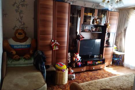 Сдается 2-комнатная квартира посуточно, улица Молодежная, 10А.