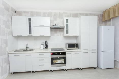 Сдается 2-комнатная квартира посуточно в Астане, сарайшик 7б.