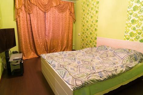 Сдается 1-комнатная квартира посуточно в Сызрани, проспект 50 лет Октября, 66.