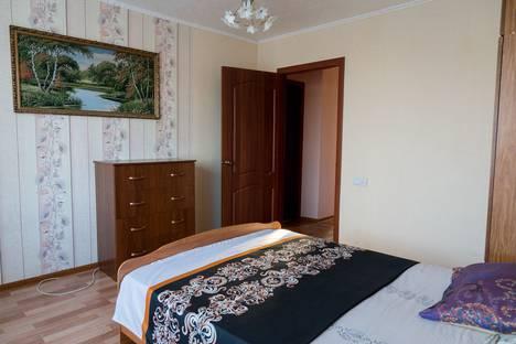 Сдается 3-комнатная квартира посуточно в Сызрани, проспект Гагарина, 39.