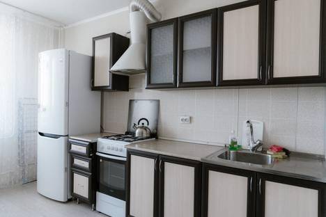 Сдается 1-комнатная квартира посуточно в Сызрани, улица Ватутина, 152.