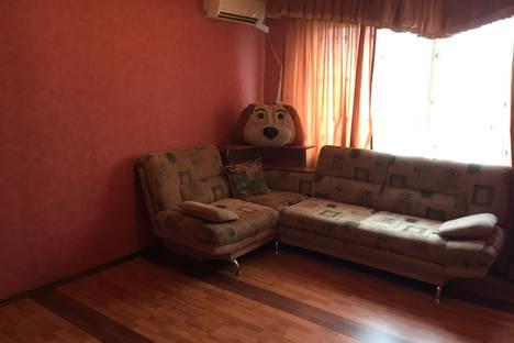 Сдается 2-комнатная квартира посуточно в Сызрани, улица Ватутина, 156.