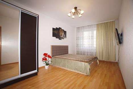 Сдается 2-комнатная квартира посуточно в Екатеринбурге, улица Степана Разина, 107.