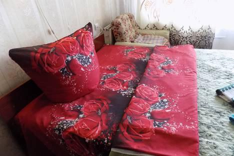 Сдается 3-комнатная квартира посуточно в Саянске, Строителей микрорайон 10.