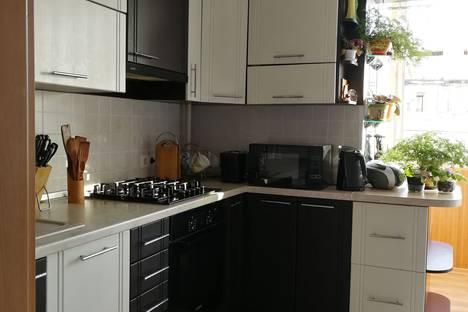 Сдается 2-комнатная квартира посуточно в Севастополе, проспект Героев Сталинграда, 17.