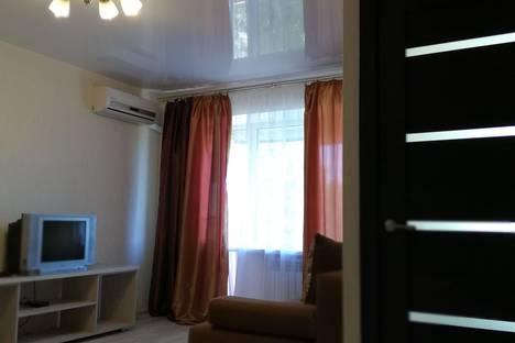 Сдается 1-комнатная квартира посуточно, Академическая улица, 28.