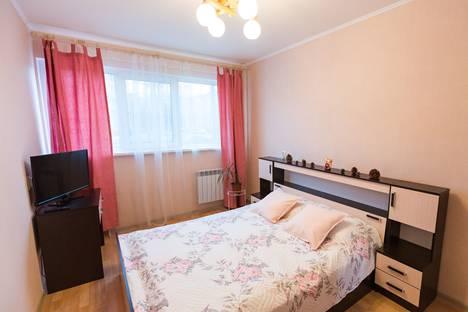 Сдается 2-комнатная квартира посуточно в Санкт-Петербурге, улица Зины Портновой, 17 корпус 1.