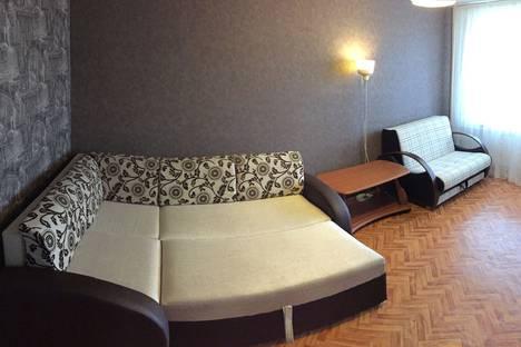 Сдается 1-комнатная квартира посуточно в Казани, улица Вишневского, 61.