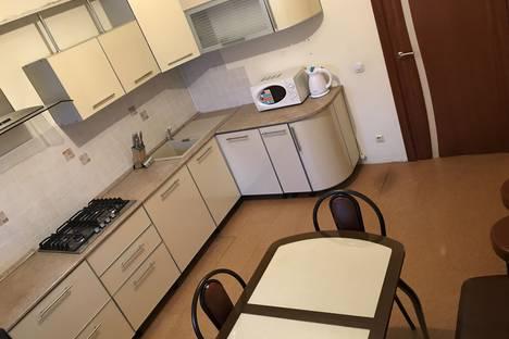 Сдается 4-комнатная квартира посуточно в Казани, улица Академика Губкина, 30Г.