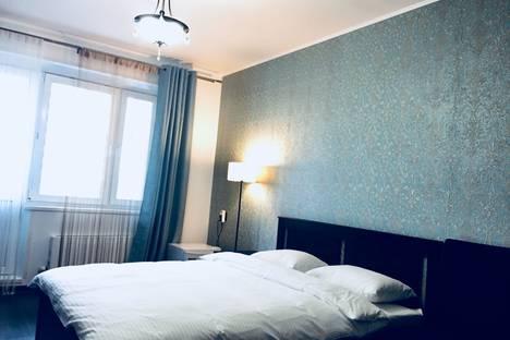 Сдается 2-комнатная квартира посуточно в Лобне, улица Катюшки, 56.