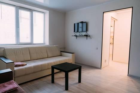 Сдается 1-комнатная квартира посуточно в Сызрани, Пензенская улица 39.