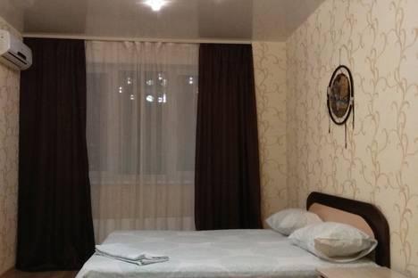 Сдается 1-комнатная квартира посуточно в Новосибирске, улица Шевченко, 11.