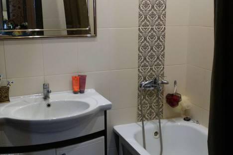 Сдается 3-комнатная квартира посуточно в Нижнем Новгороде, улица Волжская набережная, 19-70.