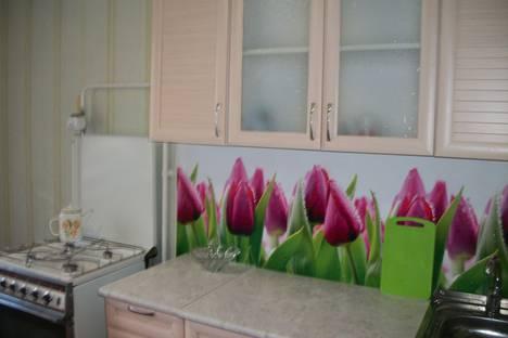 Сдается 1-комнатная квартира посуточно в Яровом, улица 40 Лет Октября, 12.