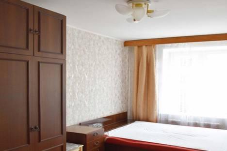 Сдается 3-комнатная квартира посуточно в Подольске, улица 43 Армии, 23.