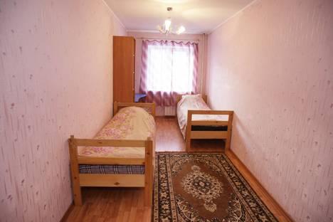 Сдается 2-комнатная квартира посуточно в Урае, улица 2 микрорайон, 38.