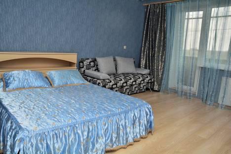 Сдается 1-комнатная квартира посуточно, улица 50-летия ВЛКСМ, 18Б.