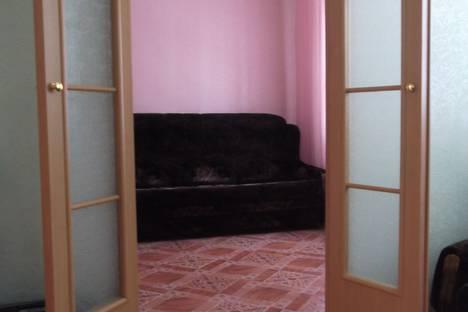 Сдается коттедж посуточно в Яровом, улица Кулундинская, 43.