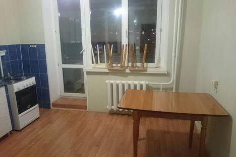 Сдается 1-комнатная квартира посуточно в Якутске, улица Петровского, 10/2.