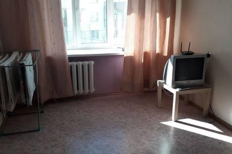 Сдается 1-комнатная квартира посуточно в Якутске, улица Хабарова, 1.