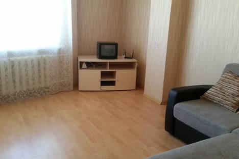 Сдается 1-комнатная квартира посуточно в Якутске, улица Пушкина 22/1.