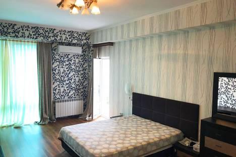 Сдается 1-комнатная квартира посуточно в Адлере, Интернациональная улица 3/1.