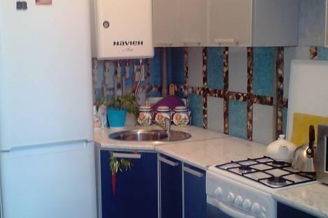 Сдается 2-комнатная квартира посуточно в Сочи, улица Крымская, 77.