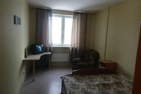 Сдается 3-комнатная квартира посуточно в Подольске, улица Генерала Смирнова, 10.
