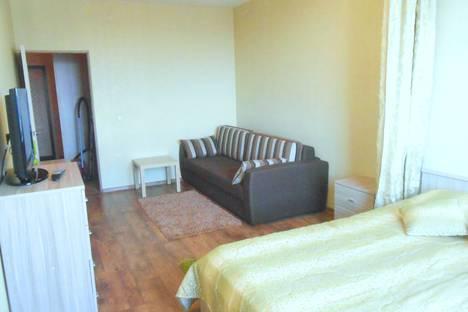 Сдается 1-комнатная квартира посуточно в Пушкино, улица Островского, 22.