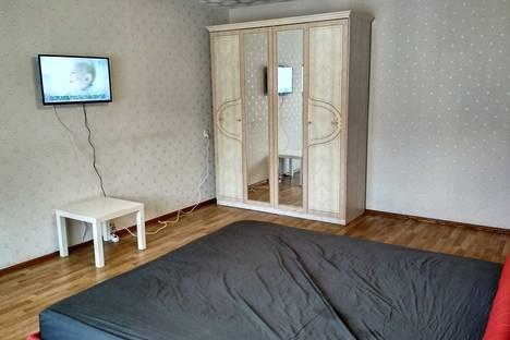 Сдается 2-комнатная квартира посуточно, Московский проспект, 14.
