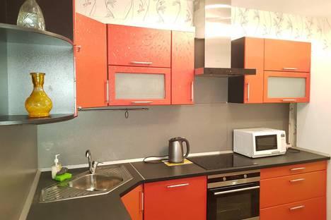 Сдается 1-комнатная квартира посуточнов Кирове, Преображенская улица 82к1.