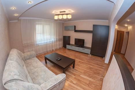 Сдается 3-комнатная квартира посуточно в Гомеле, улица Рощинская, 8.