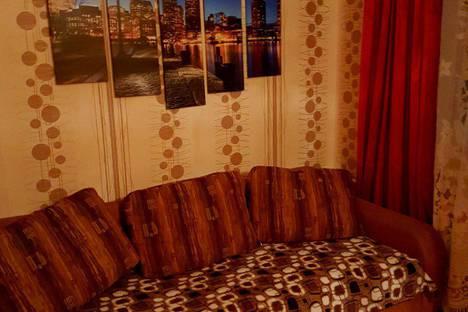 Сдается 2-комнатная квартира посуточно в Туле, улица Первомайская, 18А.