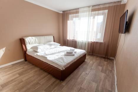 Сдается 2-комнатная квартира посуточно в Тюмени, улица Дмитрия Менделеева, 7.