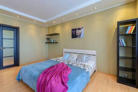 Сдается 2-комнатная квартира посуточно в Санкт-Петербурге, Коломяжский проспект 15к2.