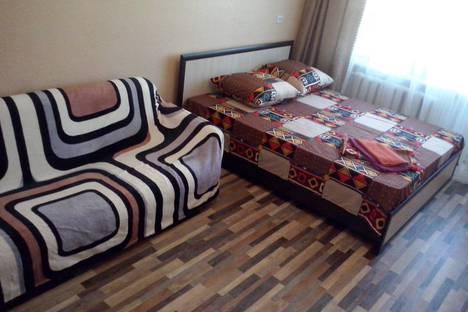 Сдается 1-комнатная квартира посуточно в Сатке, улица Солнечная, 5.