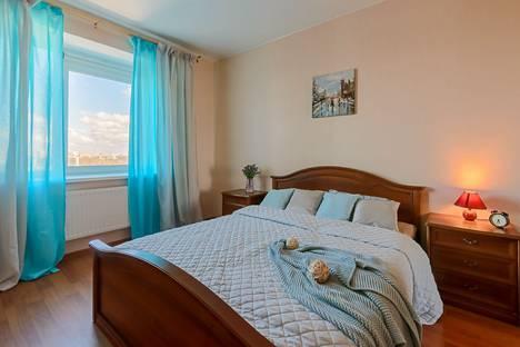 Сдается 2-комнатная квартира посуточно в Санкт-Петербурге, Коломяжский проспект 15к1.