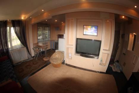 Сдается 1-комнатная квартира посуточно в Красноярске, улица Анатолия Гладкова д 9.