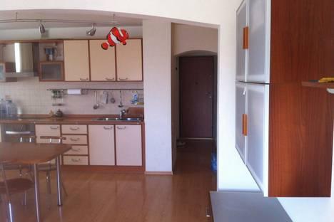 Сдается 3-комнатная квартира посуточно в Форосе, улица Космонавтов дом 22.
