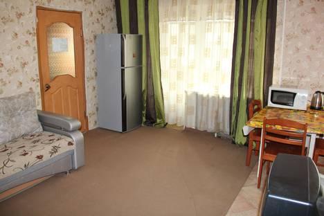 Сдается 2-комнатная квартира посуточно в Красноярске, Шелковая улица, 2.